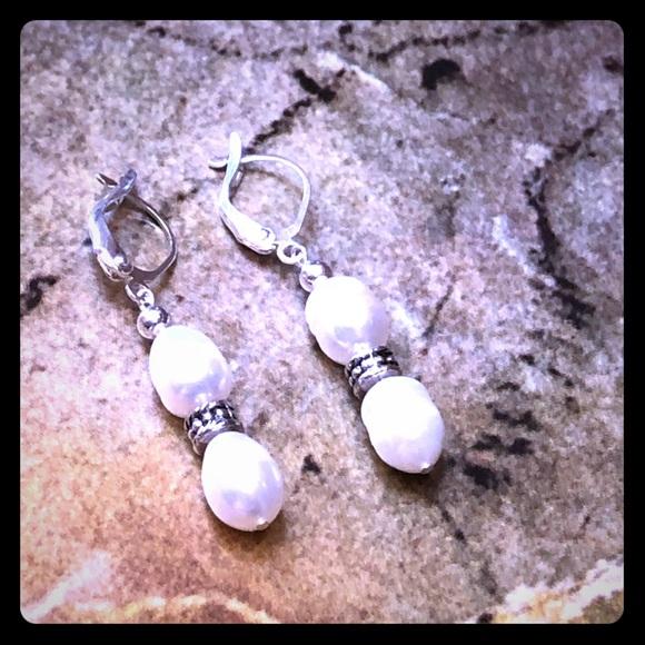 Responsible Freshwater Pearl Earrings